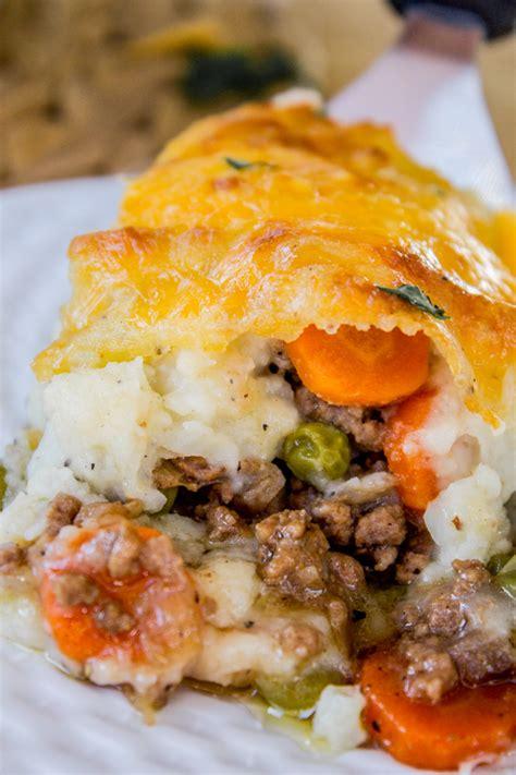 the best shepherds pie classic shepherd s pie recipe the food charlatan