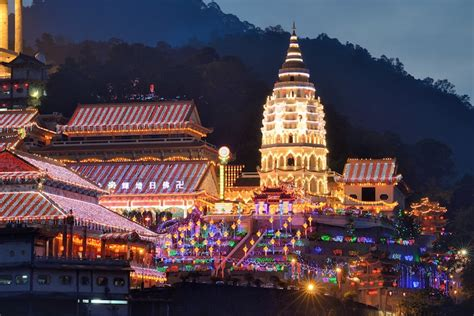top tourist attractions  malaysia   map