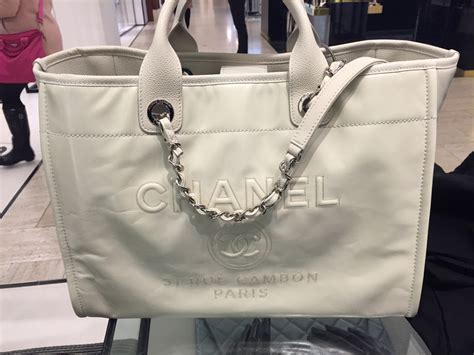Chanel Deauville 2 chanel leather deauville tote bag reference guide
