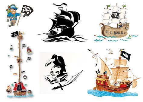 wandtattoo kinderzimmer junge piraten wandtattoo pirat auf piratenschiff f 252 rs kinderzimmer