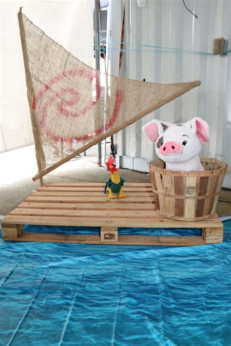 moana boat pallet 247 best moana party images on pinterest birthdays