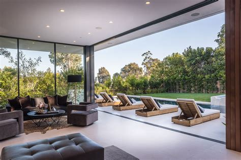 home design 1300 palisades center drive modernist villa in pacific palisades with a resort like