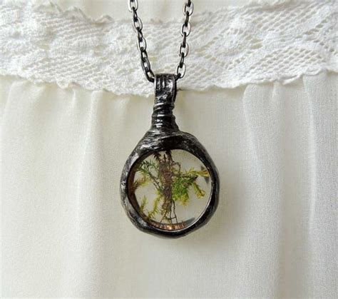terrarium jewelry terrarium jewelry tiny real moss necklace terrarium