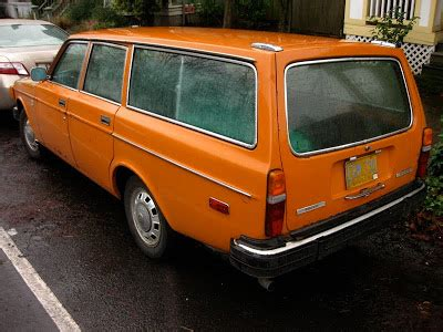 1974 volvo wagon parked cars 1974 volvo 145