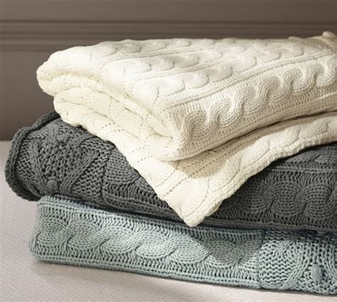 cable knit coverlet cable knit throw pottery barn
