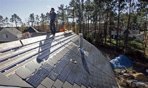 Tesla Pv Elon Musk Tesla Solardach Wird Guenstiger Als Quot Normales Quot Dach