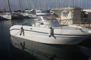 barche a motore cabinate usate barche usate a motore da pesca cabinate catalogo
