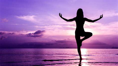 imagenes comicas de yoga yoga maison des jeunes et de la culture