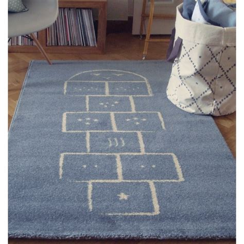 tapis pour chambre enfant tapis chambre de b 233 b 233 marelle