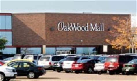 Apartments Near Oakwood Mall Eau Wi Retail Facilities Hovland S