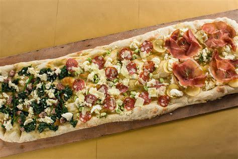 gusti pizza fatta in casa pizza al metro la riva ristorante marotta
