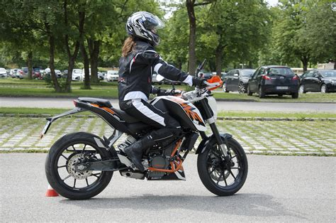 T V Ludwigsburg Fahrsicherheitstraining Motorrad 2016 by Dsc8534 Fahrschul Tv