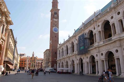Vicenza 8 Liter su la testa vicenza il governo usa inaugura la nuova