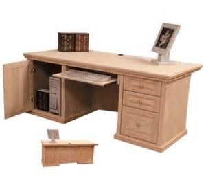 Professional Office Desks Professional Office Desk In Pine Desks