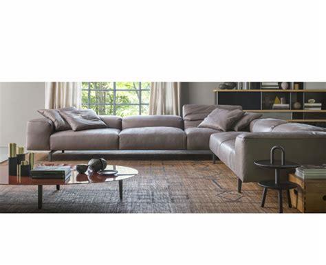 poltrone cassina prezzi divani cassina prezzo divani e poltrone cassina di le