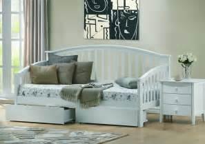 Guest Beds And Daybeds Uk Ikea Daybed Yatak Fiyatlarä â Nazarm