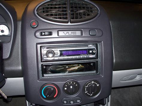 saturn vue radio how to replace the stereo in a 2005 saturn vue 12 steps
