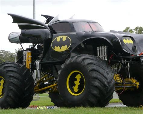 monster truck bus videos me want batmobile monster truck major spoilers comic