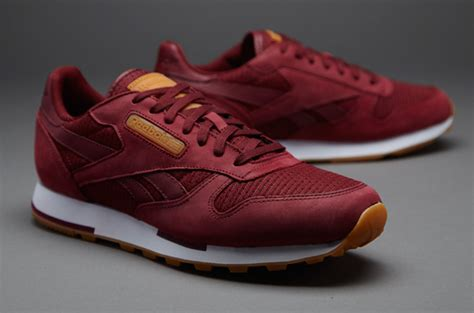 Harga Reebok Classic Leather Utility sepatu sneakers reebok cl leather utility txt burgundy
