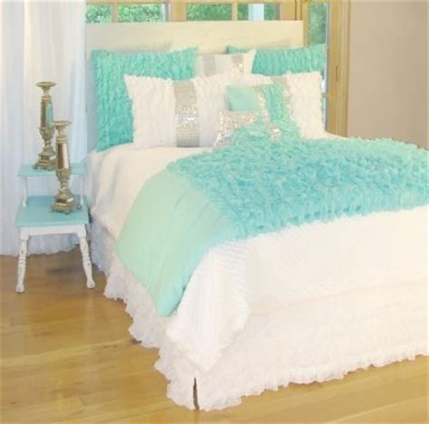teal ruffle bedding white and teal ruffle bedding house design ideas pinterest