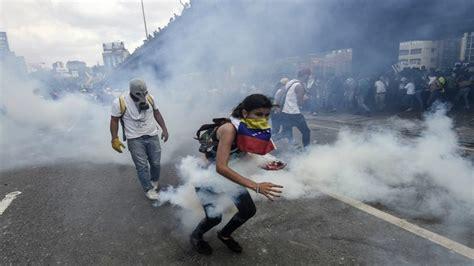 imagenes protestas venezuela heridos y detenidos por violentas protestas en venezuela