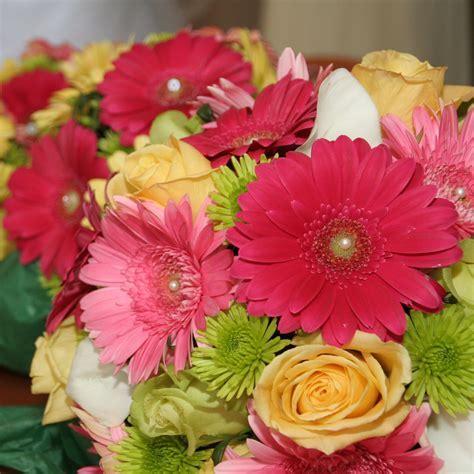 Gerber Daisy Bridal Bouquet   Wedding Ideas   Pinterest