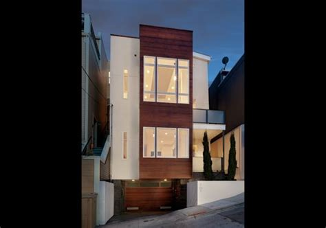 modern home design narrow lot modern home on narrow lot with plans home pinterest