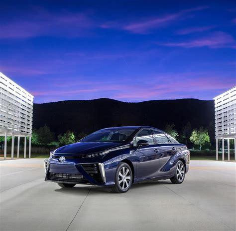 Brennstoffzellenauto Serie by Toyota Verkauft Ab September Brennstoffzellenauto Welt
