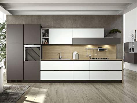 cucina lineare come scegliere la forma della cucina piccola guida