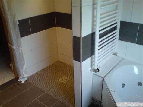 begehbare dusche bauen elegantes begehbare dusche selber bauen ebenbild erindzain