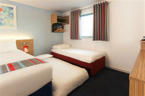 travelodge 29 rooms travelodge merthyr tydfil updated 2018 prices reviews photos wales hotel tripadvisor