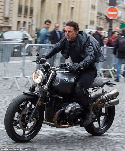 Motorrad Film Top Gun by Tom Cruise Films On Motorcycle For Mission Impossible 6