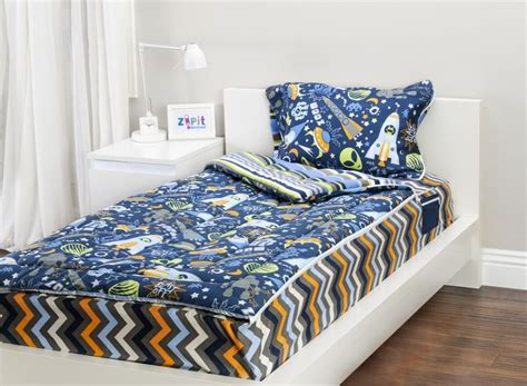 zipit bedding com zipit bedding mix n match with outer space and extreme