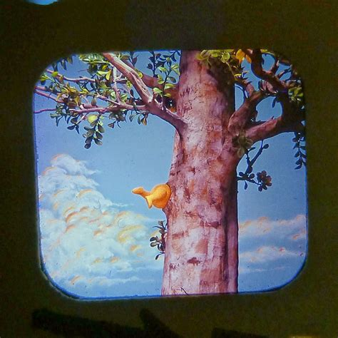 winnie the pooh tree the miniature worlds of view master