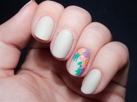Accent Nail floral bouquet accent nail with occ nail lacquers