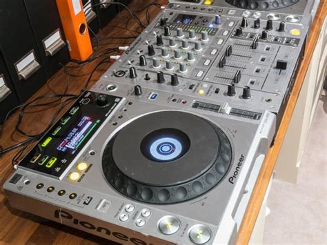 cdj decks pioneer cdj 850 dj decks x 2 and a djm 700 dj mixer for
