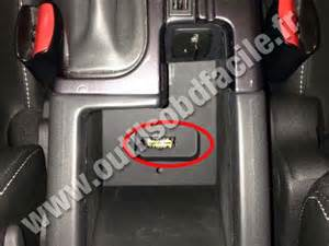 Where Is The Diagnostic On A Renault Scenic Prise Obd2 Dans Les Renault Scenic 3 Armrest 2009