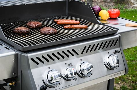 the four best gas grills of 2017 digg