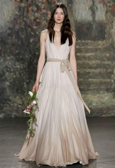 imagenes de vestidos de novia que no sean blancos sandalias tejidas para bebe