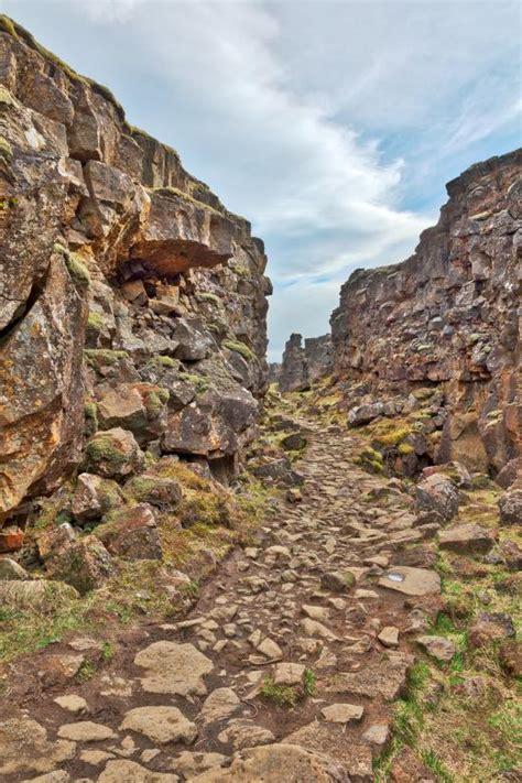 rugged valley rugged rift valley trail thingvellir free stock photo by nicolas raymond on stockvault net