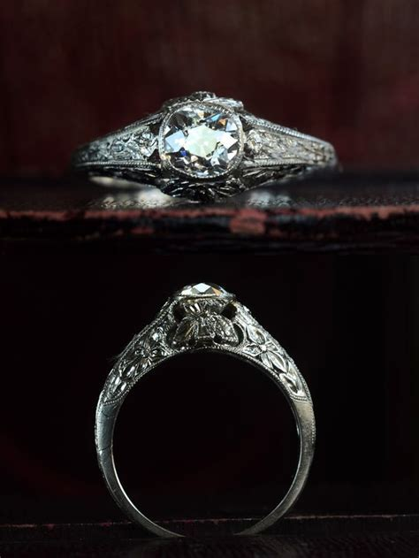 Best 25  Antique style engagement rings ideas on Pinterest