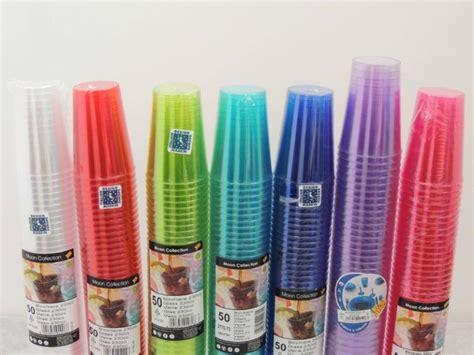 bicchieri di plastica colorati ingrosso piatti plastica terni tuttocarta