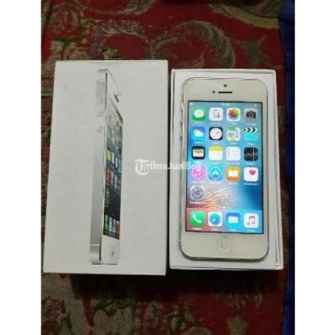 Hp Iphone 5 Secound handphone iphone 5 fu 32 gb few dent fullset second surakarta dijual tribun jualbeli