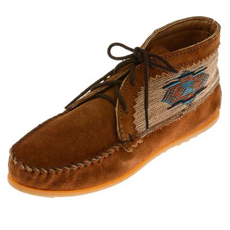 minnetonka moccasins 572 women s el paso ankle boot