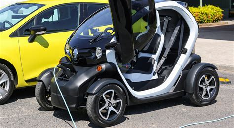 renault twizy f1 100 renault twizy f1 price used renault cars for