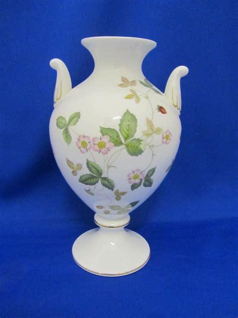 wedgwood wedgwood strawberry vase now and then