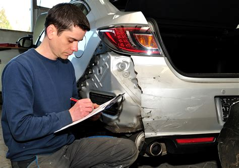 Auto Damage Appraiser by Automotive Careers For Your Inner Gearhead