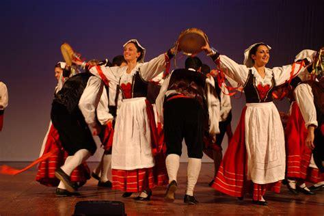 credenze popolari napoletane catalogo musica piero flauto amalfi coast events