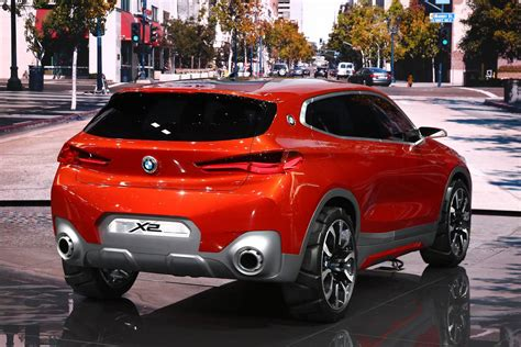bmw unveils   beautiful  concepts  concept