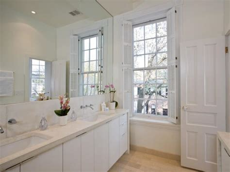 How Many Bathrooms Does The White House by Photo Page Hgtv